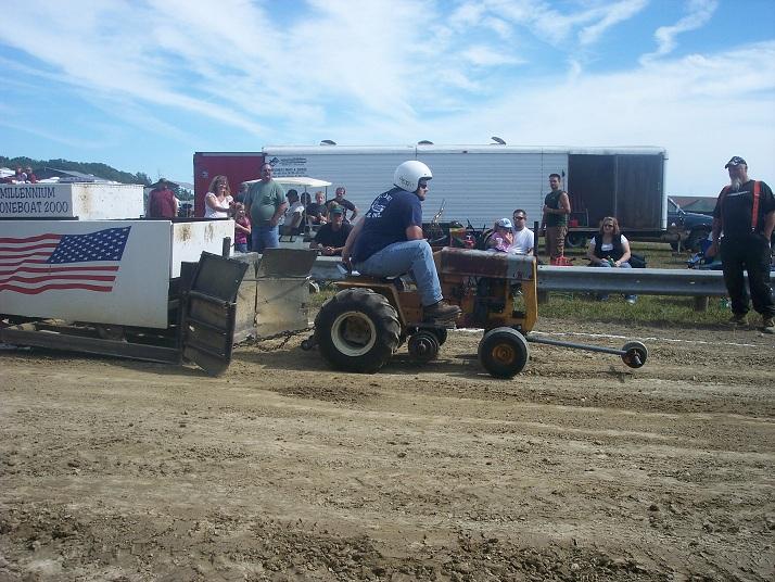 Garden Tractor Pulling Engines : M t pocket pullers photo gallery garden tractors